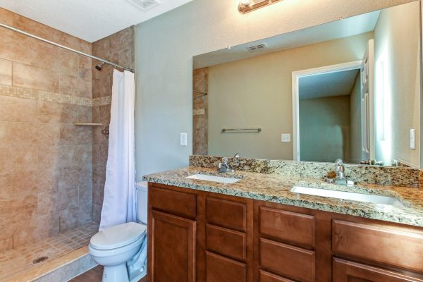25_4555 Glendas Meadow Dr Hi-Res
