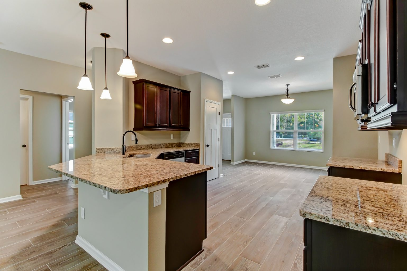 View of the countertops